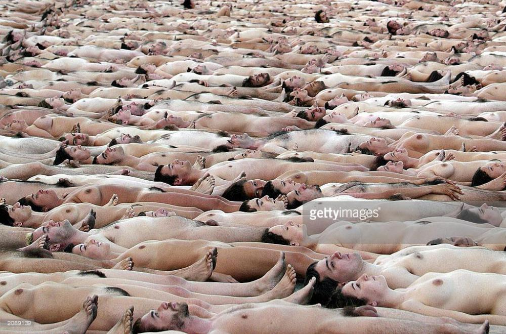 100 naked people picture